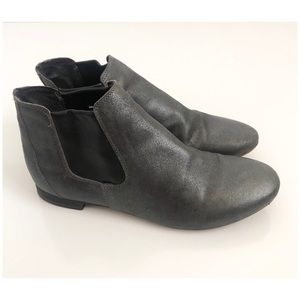 Sesto Meucci Lavry Chelsea Ankle Boots Sz 8 Gray
